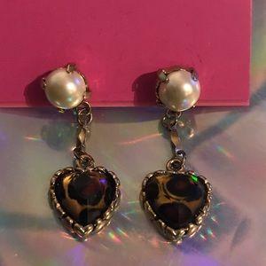 Leopard heart pearl vintage Betsey Johnson earring